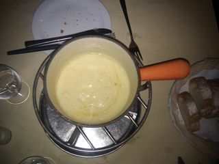 Recipe for a perfect Cheese Fondue - direct from a famous Swiss Restaurant